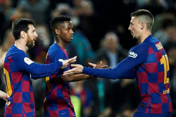 """Футболисты """"Барселоны"""" отказались сокращать зарплату на время пандемии"""