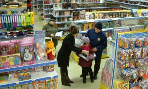 Путин призвал изменить порядок обслуживания покупателей в магазинах
