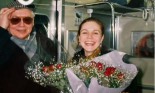 Зудина показала совместное фото с ОлегомТабаковым 1993 года