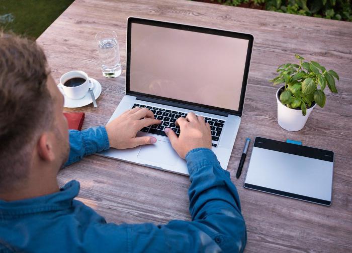 Эксперт объяснил, почему работодатели скрывают высокооплачиваемые вакансии