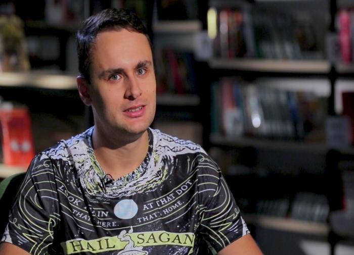 Блогер Михаил Лидин оскорбил Коран и Библию ради хайпа