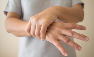 Врач рассказала, как сохранить руки здоровыми после антисептика