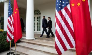"""Американские санкции раздражают Китай: """"Это злоупотребление"""""""