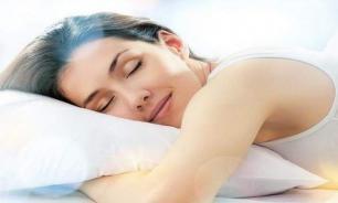 Хронический недосып может стать причиной болезни Альцгеймера