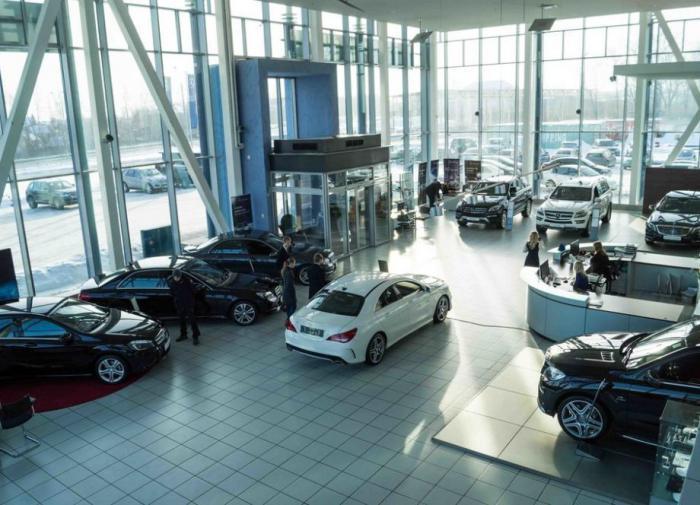 Вопрос комплектации: эксперт о дефиците автомобилей в РФ