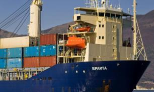 Из России в Сирию направился гигантский контейнеровоз