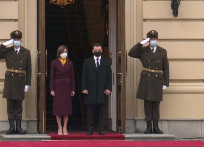 """""""Начало новых отношений"""": президент Молдавии на Украине впервые с 2015"""