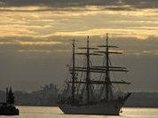 Россия поздравляет работников морского и речного флота