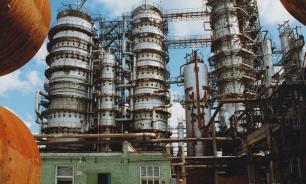 8 человек отравились газом на Орском нефтеперерабатывающем заводе