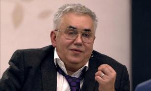 Садальский поглумился над семьей Михалкова из-за ситуации с моделью