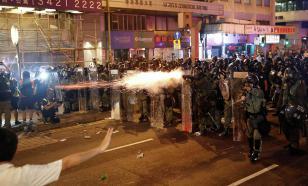 Для разгона протеста в Гонконге использовали газ
