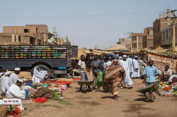 Тысячи беженцев спасаются от религиозных столкновений в Дафуре