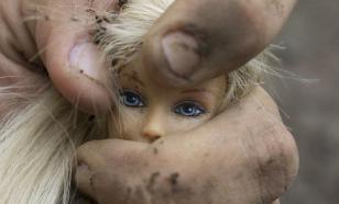 В Санкт-Петербурге в примерочной ТЦ педофил изнасиловал школьницу