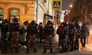 Протесты из-за приговора Навальному разогнал спецназ