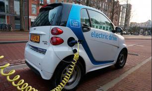 Медведев пообещал производителям электромобилей субсидии