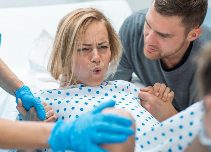 Непростой выбор - роды дома или в больнице