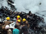 Найден черный ящик с разбившегося индийского самолета