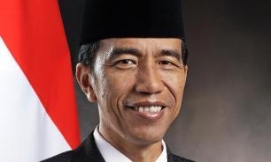 Президент Индонезии посетил остров в водах, оспариваемых Китаем