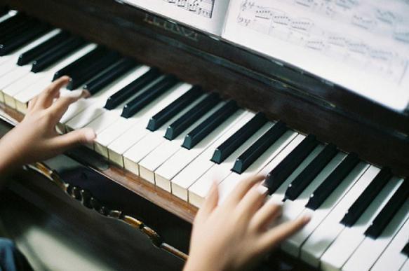 Задержан учитель музыки, избивавший восьмилетнюю ученицу