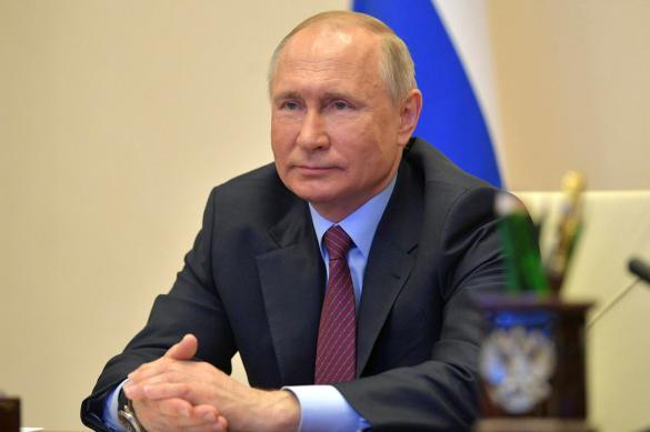 Путин призвал поддержать спрос на покупку автомобилей