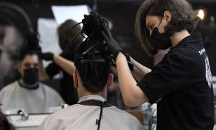 В США задержана парикмахер, работавшая, несмотря на заражение COVID-19