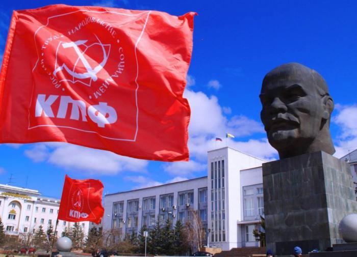 """Алтайский прецедент: почему региональные """"феодалы"""" заключают пакты с коммунистами"""