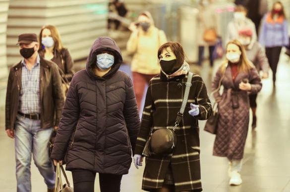В России еще 10 тысяч заболевших коронавирусом