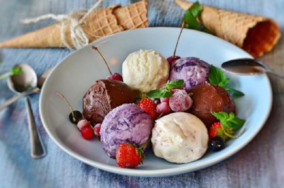 Лор Владимир Зайцев рассказал о пользе мороженого для горла