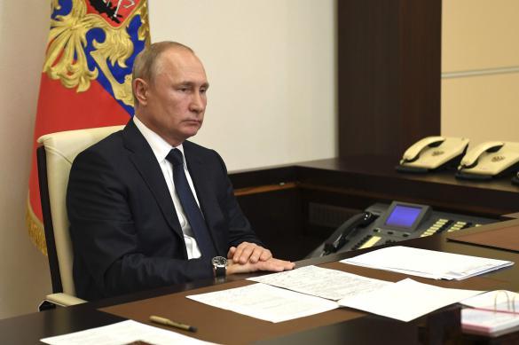 Путин рассказал о поддержке социальных работников