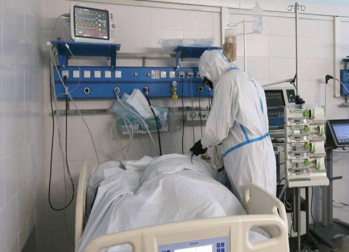 В России обновился рекорд по числу умерших от COVID-19 за сутки