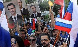 Французы вышли на марш в поддержку России