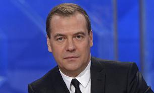 На Западе попытались объяснить отставку Медведева
