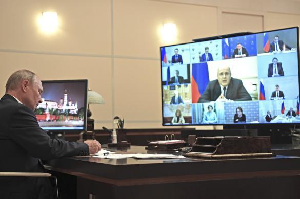 Путин раскритиковал доклад губернатора о разливе топлива в Норильске