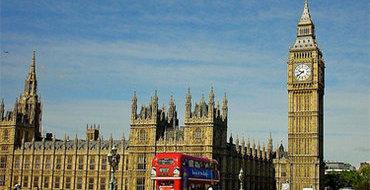 На Елизавету II подают в суд: она незаконно заняла британский престол
