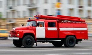 На побережье Крыма горят четыре здания