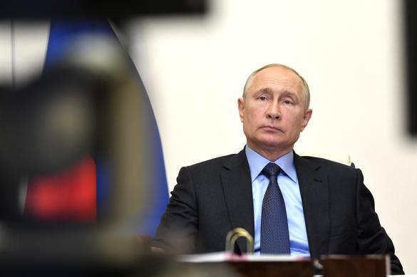 Путин продолжает проводить дистанционные совещания