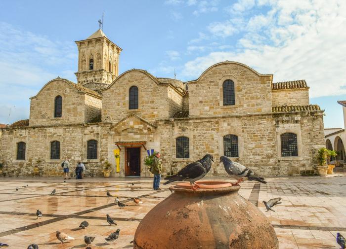 На Кипре во время коммунальных работ раскопали древний некрополь