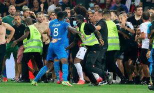 Во Франции трое футболистов были ранены во время конфликта с фанатами