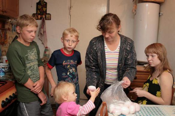 Экономист пояснил, почему россиянам не платят хорошую зарплату