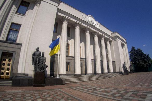 Министров здравоохранения и финансов уволили на Украине