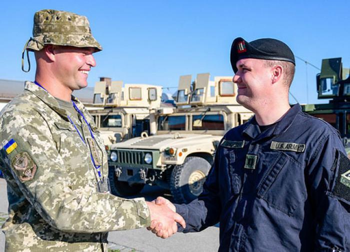 Армия и силовики Украины перешли под контроль США