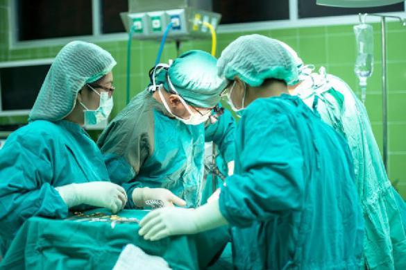 Японские врачи впервые пересадили клетки сердца человеку