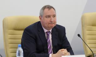 """Дмитрия Рогозина разозлили """"идиотские"""" смайлики в """"Фейсбуке"""""""