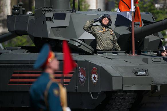 Президент Таджикистана посетит парад Победы в Москве