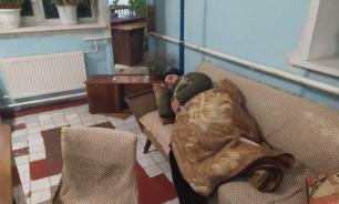 В Курской области жители захватили администрацию для ночевки