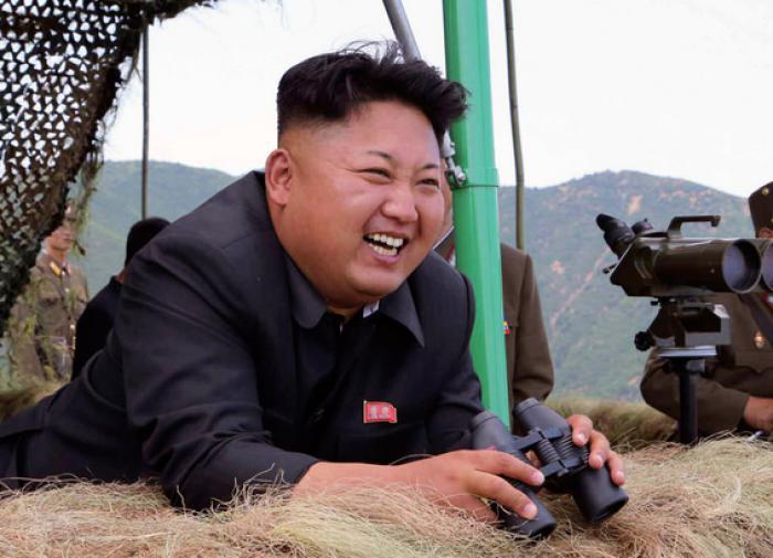 Ким Чен Ын объявил войну фильмам, джинсам и сленгу