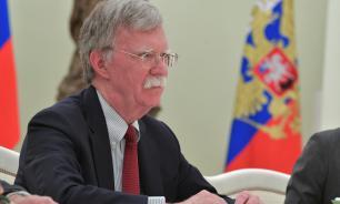Болтон в поисках разногласий в российской элите