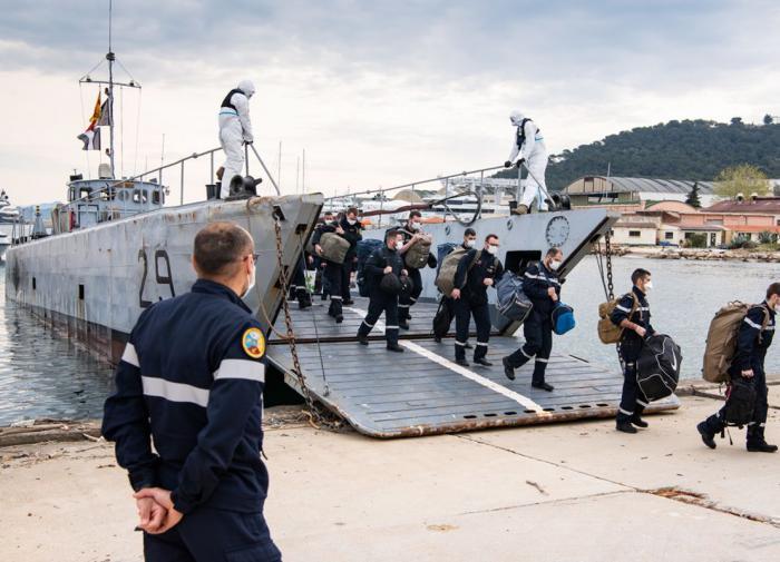 """Американские моряки побили рекорд длительности похода. """"Помог"""" коронавирус"""