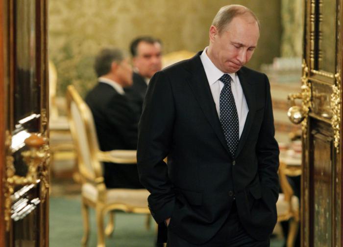 """Песков: """"Путин, ушедший на самоизоляцию, чувствует себя прекрасно"""""""