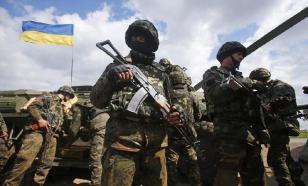Украинский военный выстрелил в луганскую шпионку